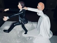 WEDDING CAKE TOPPER FIGURINE BRIDE AND GROOM HUMOR FUNNY COUPLE CHASSING GROOM