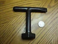 """Vintage Tee Handle Diamond Key Tool No. 500 - 4-1/2"""""""