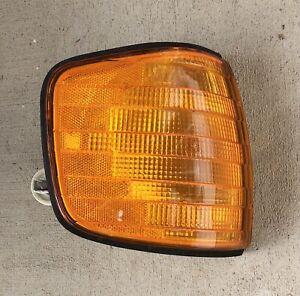 80 - 91 Mercedes Benz W126 Turn Signal Blinker Lamp, Right
