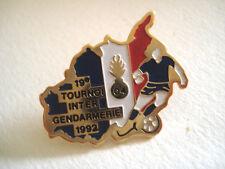 PINS FOOTBALL 19e TOURNOI INTER GENDARMERIE 1992 ALPES DE HAUTE PROVENCE FOOT