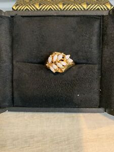 Beautiful Vintage Faux 9 Opal Gemstone Yellow Gold Metal Ring Costume Jewelry