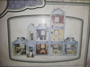 Laura Ashley Room By Room Light & Sound Dollhouse Complete 7 Room +original acc.