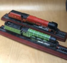 "2 X STEAMTRAIN FIGURES DUCHESS LMS / LNER "" FLYING SCOTSMAN "" VERY GOOD CON"