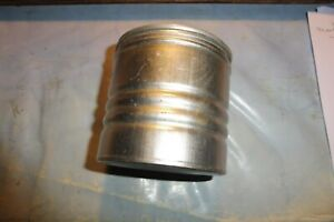 boite aluminium GUIGOZ ; assez rare à 3 stries.