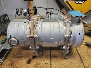 Kubota V3307-CR-T-EF04 3.3L Diesel Engine Particulate Filter DPF 1J770-18252