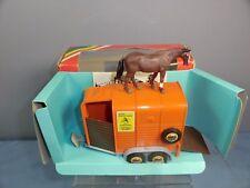 "VINTAGE BRITAINS MODEL No.9562    "" HORSE BOX  & HORSE "".  MIB"