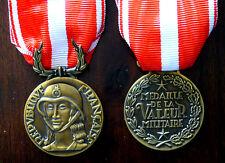 Médaille de la valeur Militaire 1er Type  avec Ruban - Refrappe haute qualité