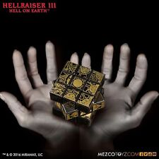 Mezco Hellraiser 3 Pinhead Hell On Earth Cenobite Puzzle Box Game Cube Lament NR