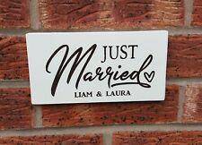 Just Married Personalised Wedding Mr & Mrs Free Standing Vintage Plaque Sign