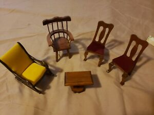 Lot Of 3 Chairs Rocker and Small Table Dollhouse  Furniture and Accessories
