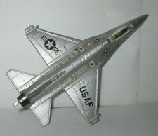 McDonnell F-16 Falcon, USAF Folding Wheels, Silver Weapons ERTL 1/72 Diecast
