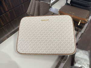 Michael Kors MK Jet Set Travel Large PVC Laptop Computer Case Vanilla Signature