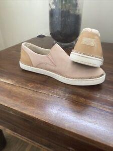Womens UGG Shoes Pumps flats Size 5.5