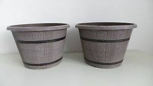 """SET OF 2 DRIFTWOOD EFFECT PLASTIC CASK PLANTERS WITH BANDS 12"""" TOP QUALITY NEW"""