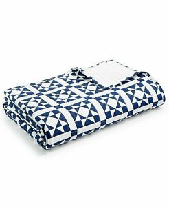 Calvin Klein Abigail  Quilted Coverlet