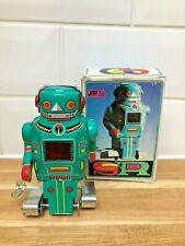 Vintage Collectors Wind Up Tin Toy Spark Robot Toy ~ Boxed