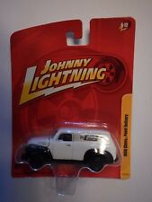 Johnny Lightning 1950 Chevy Panel Delivery Mr Gasket