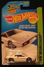 Hot Wheels White Lotus Esprit S1 James Bond Diecast HW Workshop 219/250 New 2013