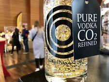 OCO Sparkling Vodka 24K 0,5l (hand made Wodka mit Kohlensäure plus Blattgold)
