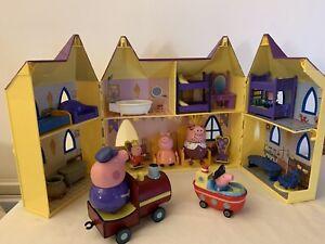 Peppa Pig Castle and Grandpa Train