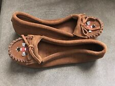 Minnetonka Moccasin Beaded Leather Slippers Size 9
