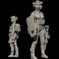 World War II 1/35 Scale Resin Figure YUFan Model Assault Soldier Female Fig T1I6