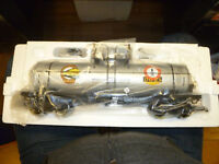 USA Trains 2004 NGRC Convention Car, Single Dome Tank Car, 10K Gal., 1:29