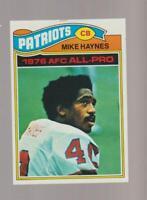 1977 Topps #50 Mike Haynes rookie card, New England Patriots HOF