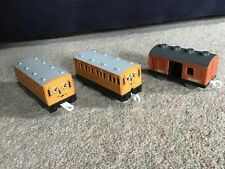 TOMY Thomas & Friends Trackmaster carriages, Annie, Clarabel, Sodor Mail, 3+