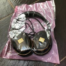 EMIRATES BUSINESS CLASS NOISE CANCELLING HEADPHONES BRAND NEW