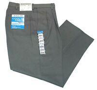 Men's Haggar Classic Fit No Iron Cool 18 Pro Pleated Light Gray/Grey Pants