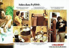 Publicité Advertising   1974   la salle de bains Allibert ( 2pages) accessoires