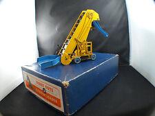 Dinky Toys GB n° 564 Elevator Loader élevateur tapis en boite