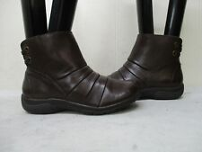 Clarks Brown Leather Zip Comfort Ankle Boots Womens Size 6 M Style 26102919