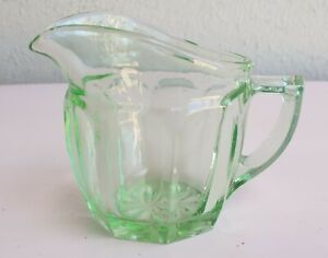 VINTAGE ART DECO GREEN DEPRESSION GLASS STARBURST CREAMER MILK JUG