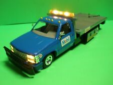 CHEVY GMC Rollback Wrecker Tow Truck 1:24  MOBIL OIL 1998 NEW With PORSCHE 928