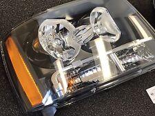 2007-2014 Chevrolet Avalanche Tahoe Suburban OEM Right Headlamp Assembly