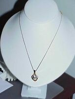 14K .33Ct Diamond Solitaire Diamond Baguette Pendant Necklace Yellow Gold