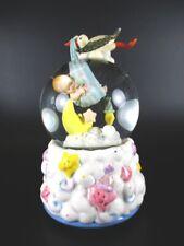 Schneekugel Spieluhr Geburt Baby freudiges Ereignis Snowglobe,19 cm !!,Souvenir