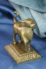 Escultura Nandi. Bronce Cebú joven de pie. Toro. Nandi Sculpture. Cebu. S.XIX