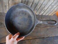 H Vintage 8 inch Cast Iron Skillet Pan pancake Farmhouse AS IS Unmarked