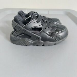 Nike Air Huarache Toddler Youth Size 8C Running Shoes Black Athletic Sneakers