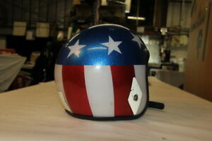 Captain America helmet 1970's Harley motorcycle collectible FXR Dyna XL EPS17971