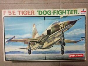 """ESCI 1/48 F-5E Tiger """"Dog Fighter"""" vintage"""