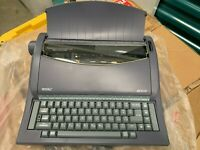 Royal Electric Portable Typewriter RT6100 in Orig. Box + Manual - Used - Tested