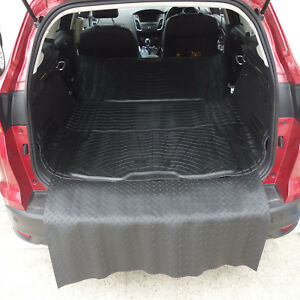 Ford Focus Turnier Estate 2012 On Boot Mat Liner Options and Bumper Protector