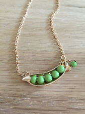 BEAUTIFUL Unique Kitsch Peas In A Pod Necklace Gold Coloured Chain