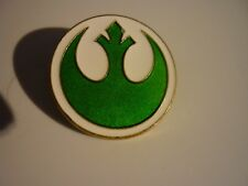 DISNEY STAR WARS EMBLEM PIN BRIGHT GREEN AND WHITE FROM BOOSTER PACK!!!!