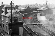 PHOTO  BISHOP AUCKLAND RAILWAY STATION CO DURHAM 1965 NER DARLINGTON AND FERRYHI