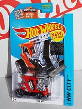 Hot Wheels New For 2015 Tee'd Off 2 #68 Red & Black From Factory Set